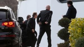 Изпълкомът се събра, Кирил Домусчиев пристигна в Бояна (снимки)