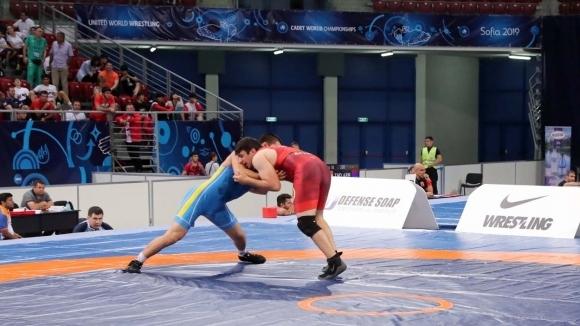 Шампионатът по борба за юноши и девойки в Бургас ще бъде без публика