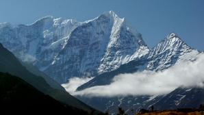 Непал затвори връх Еверест