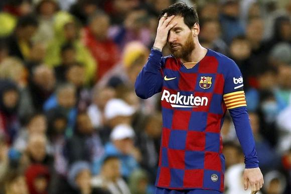 Барселона обмисля да намали с 30% заплатите на футболистите