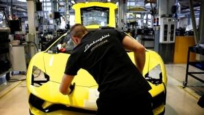 Lamborghini спря производство преди три дни