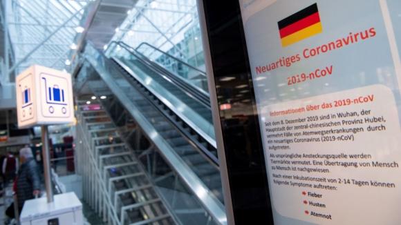 Най-рано през есента Бундеслигата ще се нормализира, смята местен доктор