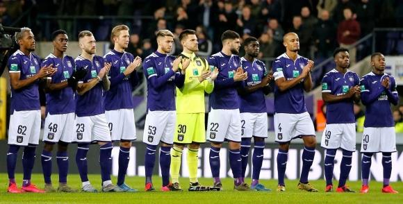 Андерлехт призова футболистите да влязат в положение