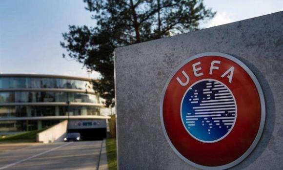 УЕФА разглежда два извънредни варианта за края на сезона, пишат в Италия