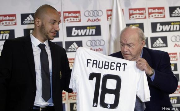Разказ за един от най-странните трансфери на Реал...