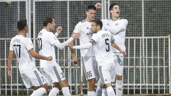 Само два клуба в сръбската Суперлига няма да намаляват заплатите