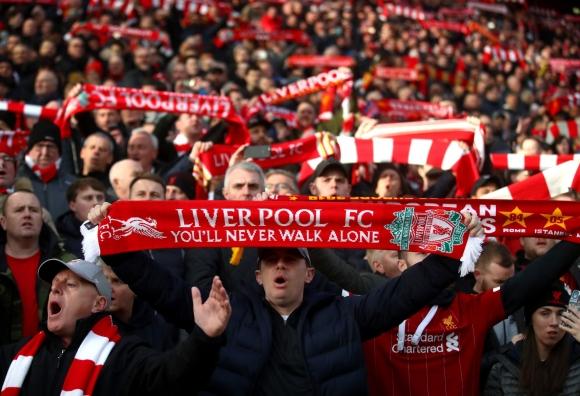 Бербатов: Няма да е справедливо, ако Ливърпул не получи титлата