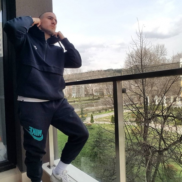 Грък остана да тренира в Благоевград
