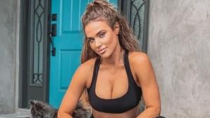Жената на Русев с нова порция секси танци по бельо