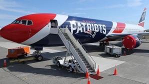 Собственикът на Пейтриътс достави 1.2 милиона маски от Китай с клубния самолет