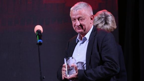 Крушарски: Скоро ще пращаме футболисти на 4-ти километър