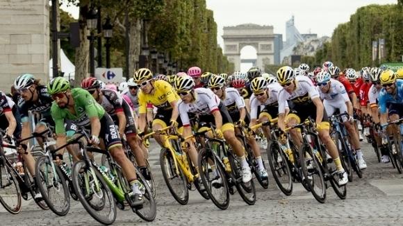 """Френските власти очакват нови предложения за провеждането на """"Тур дьо Франс"""""""