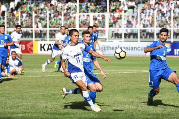 Футбол от Туркменистан и Беларус в Super hot залозите на Winbet