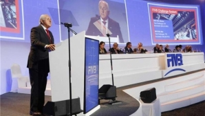 Президентът на FIVB: Не се съмнявам, че следващата година ще се окаже много вълнуваща за волейбола