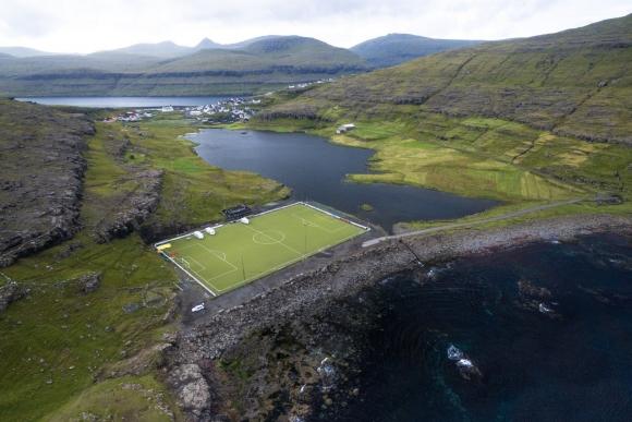 Футболът се завърна на Фарьорските острови