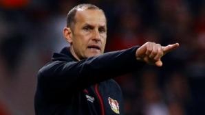 Треньорът на Аугсбург пропуска рестарта на Бундеслигата заради крем за ръце