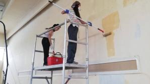 Доброволци запретнаха ръкави за ремонт на залата по спортна гимнастика на ЦСКА