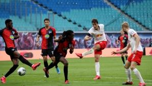 Футболът в Германия набра скорост, но повечето хора продължават да са против