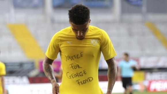 ФИФА призова федерациите да не санкционират футболисти за прояви на солидарност с Джордж Флойд