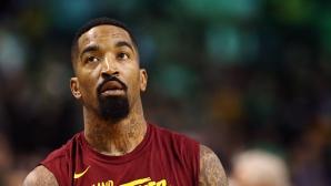 Шампион на НБА се вбеси и наби човек на улицата (видео)