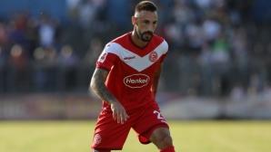 Диего Контенто напуска Дюселдорф в края на сезона