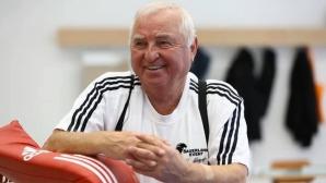 Пак оперират треньора на Кубрат Пулев