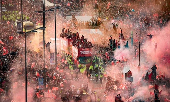 Ливърпул ще има своя шампионски парад