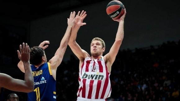 Везенков и Олимпиакос финализират сделката