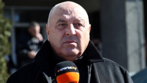 """Венци Стефанов: Защо """"А"""" група да е с 16 отбора? И аз искам Шарън Стоун"""