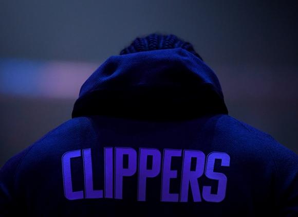 ЛА Клипърс затвори тренировъчния си център заради...