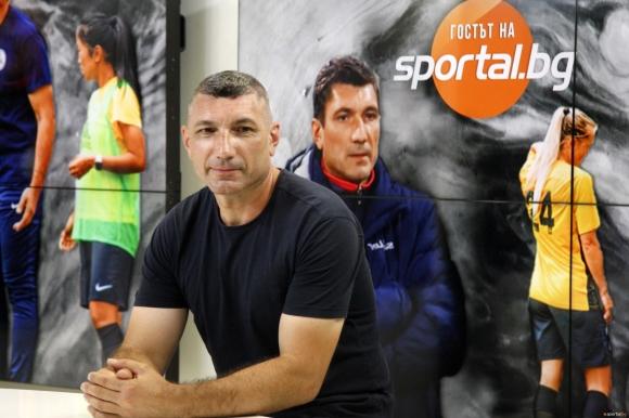 Калоян Петков е първият български треньор, който е...