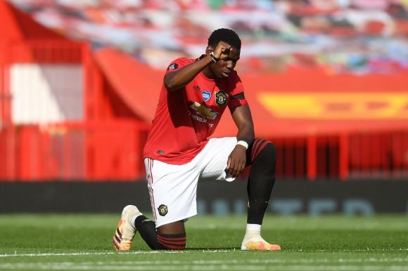 Пол Погба мисли за нов договор с Манчестър Юнайтед