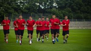 Трима нови започнаха с Локомотив (Мездра)