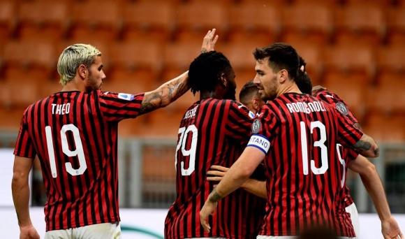Милан не бе вкарвал 4 гола на Юве от 31 години