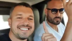 Божигол пак запя в колата (видео)
