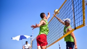 Любо Ганев открива турнир по плажен волейбол