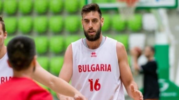 Николай Вангелов ще продължи кариерата си в Неапол