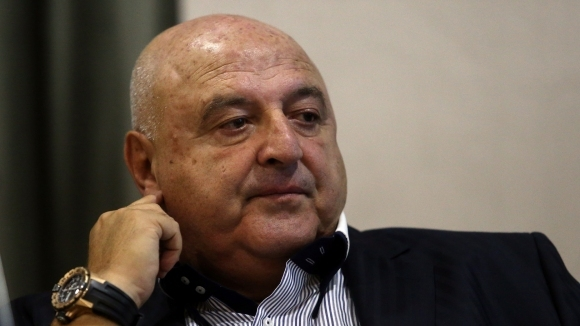 Венци Стефанов към Тити: Не е в твой интерес да биеш камбаната! Заборчели сте и на кучетата