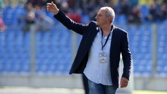 Никола Спасов: Търсим нападател и защитник
