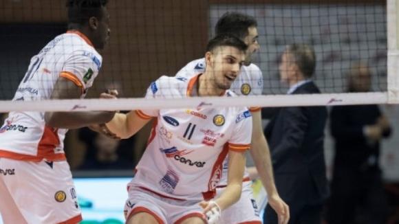 Алекс Грозданов вече е в Равена