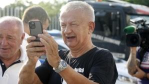 Крушарски за Камбуров: Слагам го на самолетоносача и да лети към Ливан