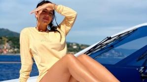 Роналдо и Джорджина пак разпускат на яхта (снимка)