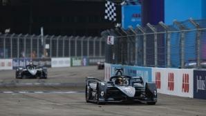 Щофел Вандоорн донесе първа победа на Mercedes във финала на сезона във Формула Е