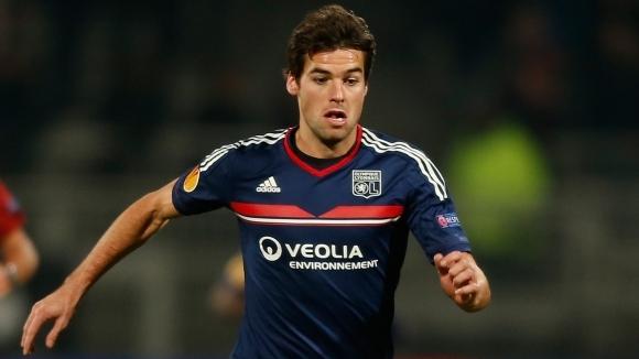 Бивш френски национал може да се върне към професионалния футбол