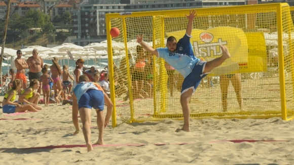 Втори ден от безпрецедентния турнир за Купа България по плажен хандбал