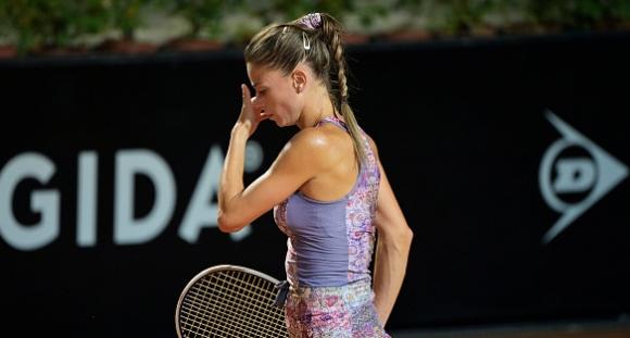 Тенисистки изиграха мач с 28 двойни грешки