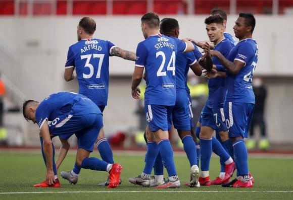Рейнджърс срази с 5:0 тим от Гибралтар, феновете бесни