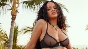 Риана провокира по секси бельо (снимки)