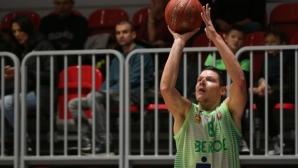 Николай Стоянов: Надграждаме с всеки изминал мач
