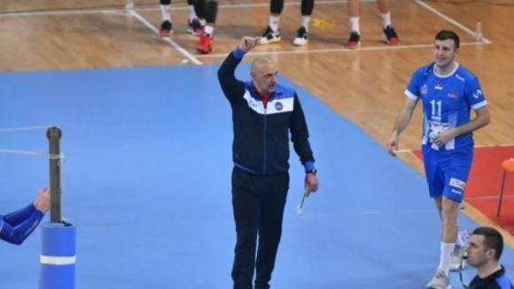 Полиция и федерация се намесиха в скандала между треньор и волейболист